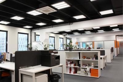 Oświetlenie biurowe LED – jakie wybrać?