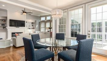 Kryształowe żyrandole, plafony i lampy wiszące do salonu