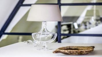 Szklane lampy stojące 4concepts nie tylko do salonu
