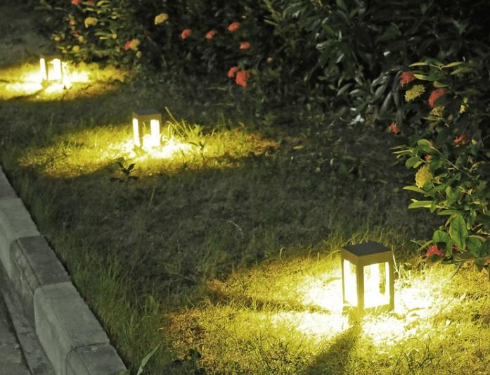 Lampa ogrodowa Abigali Qube